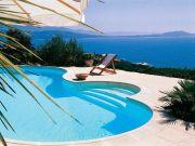 piscine-forme-escalier-roman